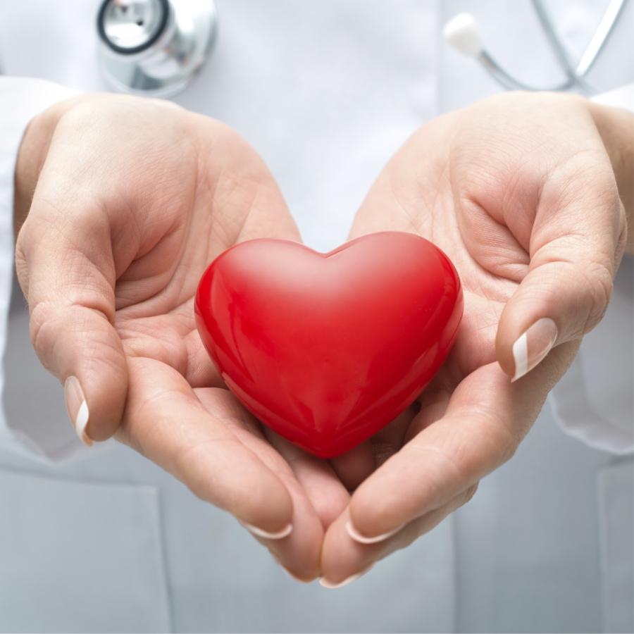 http://www.cardioclinik.com/wp-content/uploads/2016/11/cardio-clinik-dra-july-padilla-retana.jpg